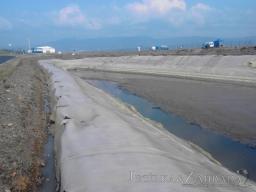 Čištění a fóliování vodních nádrží na Mosteckém Polygonu