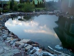 Čištení jezírka a instalace filtrace ve Štěnovicích u Plzně